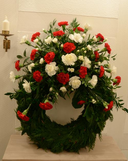 begravningskrans-nejlikor
