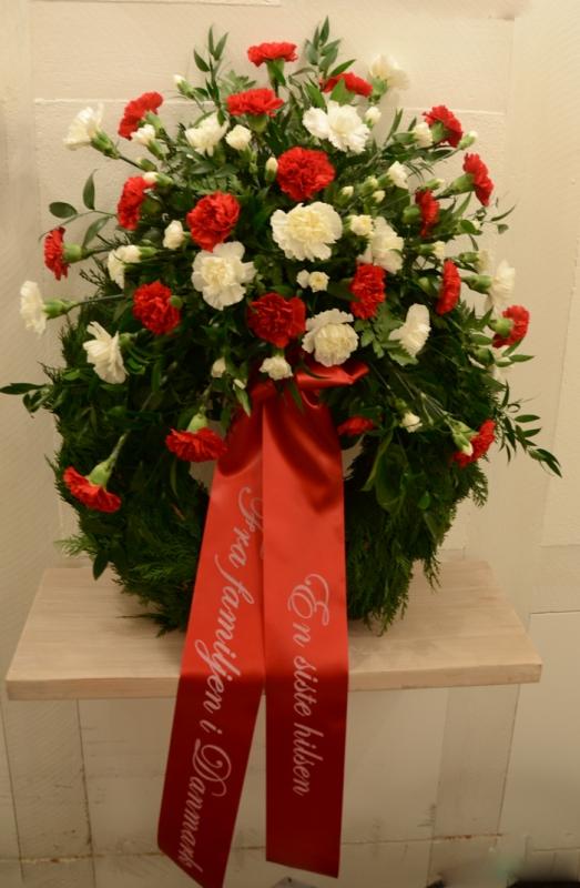 begravningskrans-röd-vit