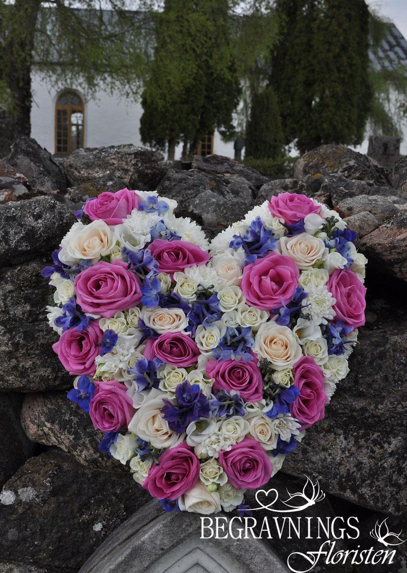 begravning-hjarta-rosor