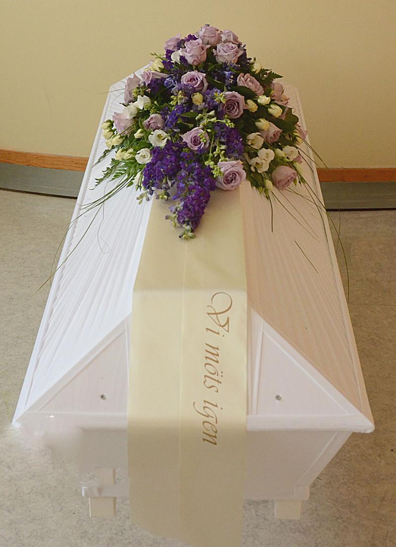 kistdekoration lila