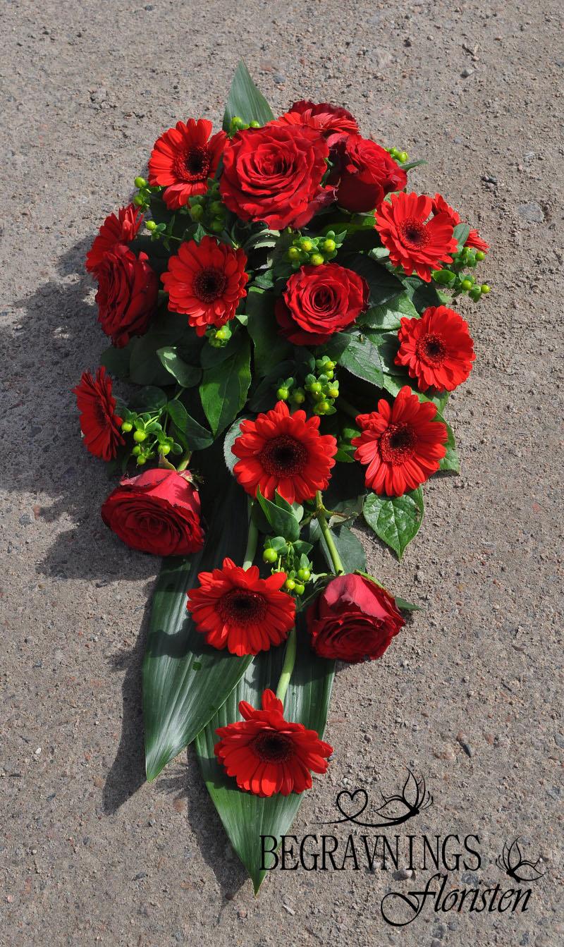 begravningsblommor-rosor-gerbera