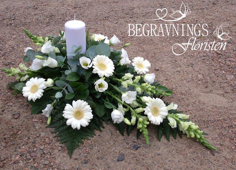 begravningblommor-ljus-vitt