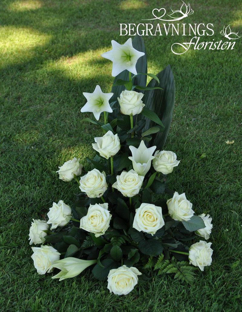 begravningsblommor-vita-liljor-rosor - Kopia copy (2)