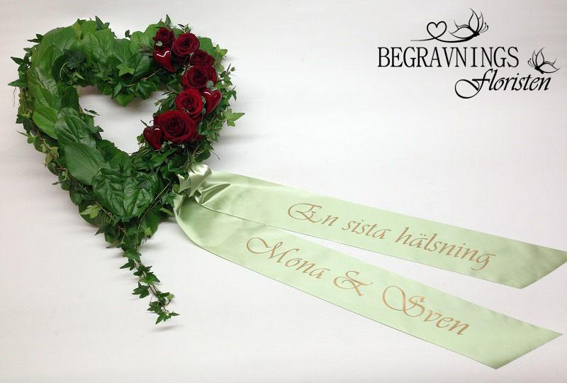 begravningsblomma-hjärta-med-band