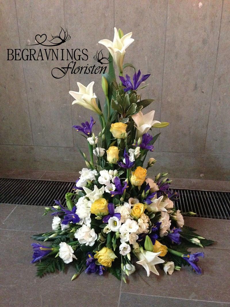 blommor-begravning-vita-liljor-rosor