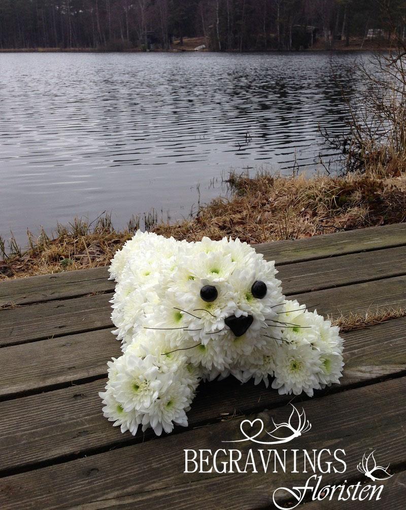 begravningsblomma-säl-av-vit-kryss