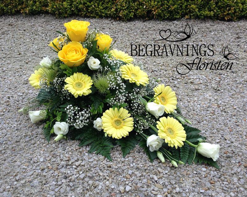 blommor-begravning-gula-vita