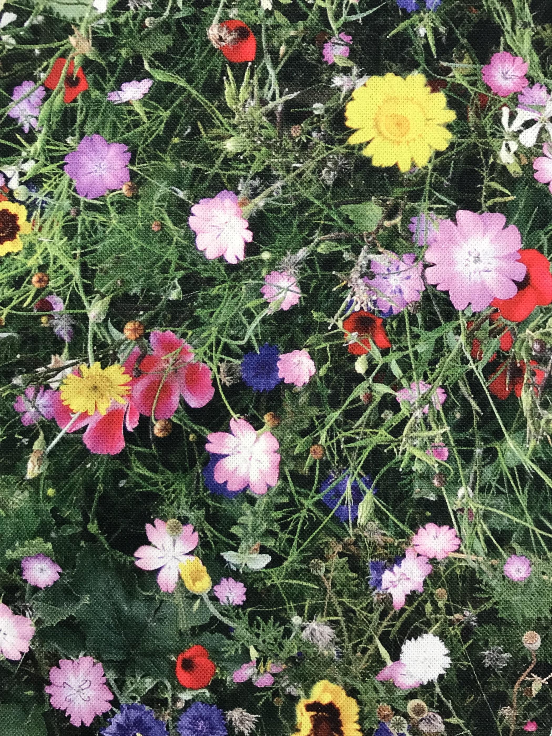 sommaräng blommor bomull metervara tyg midsommar