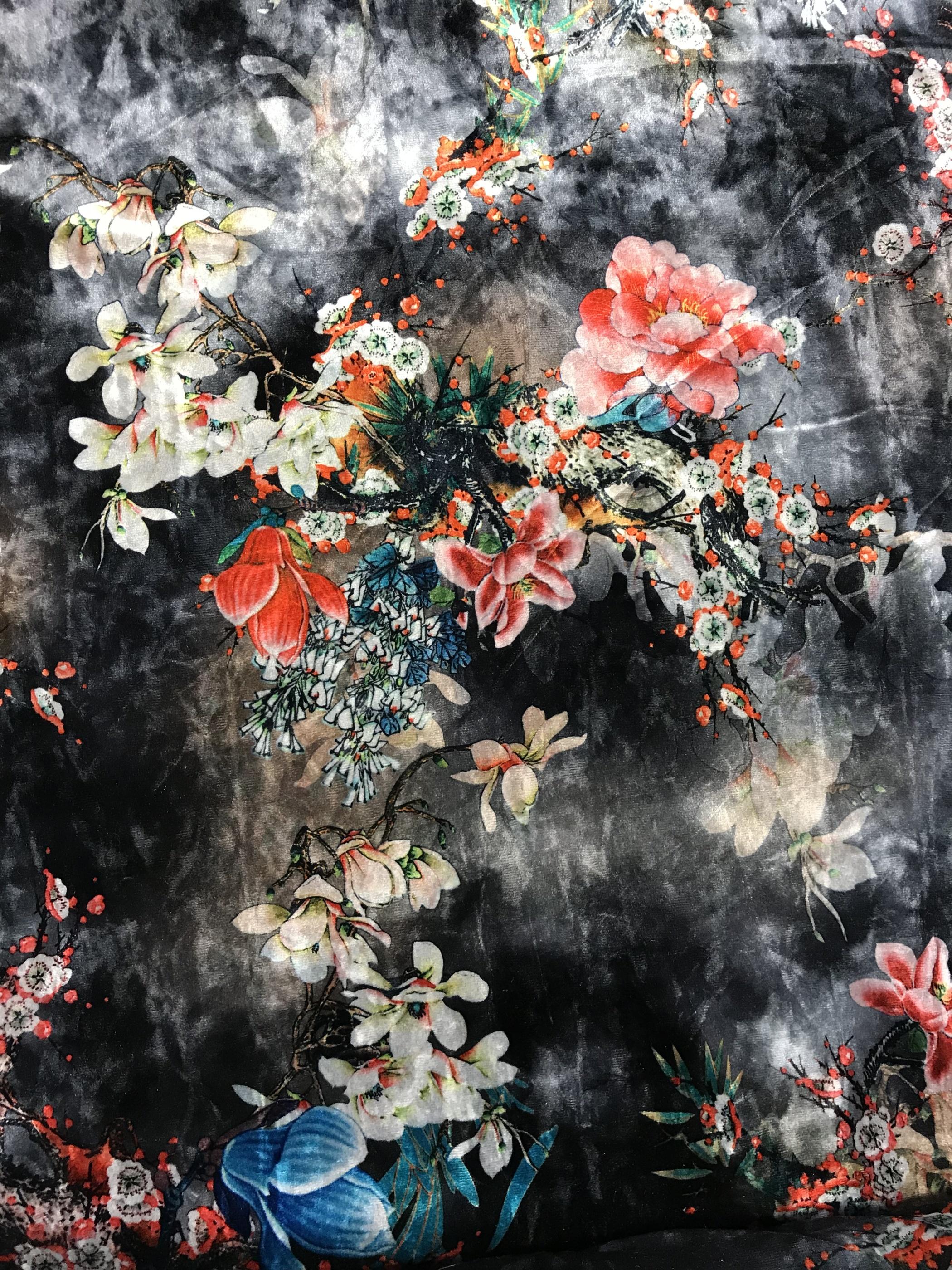 Sammet svart grå blommor kimono polyester metervara