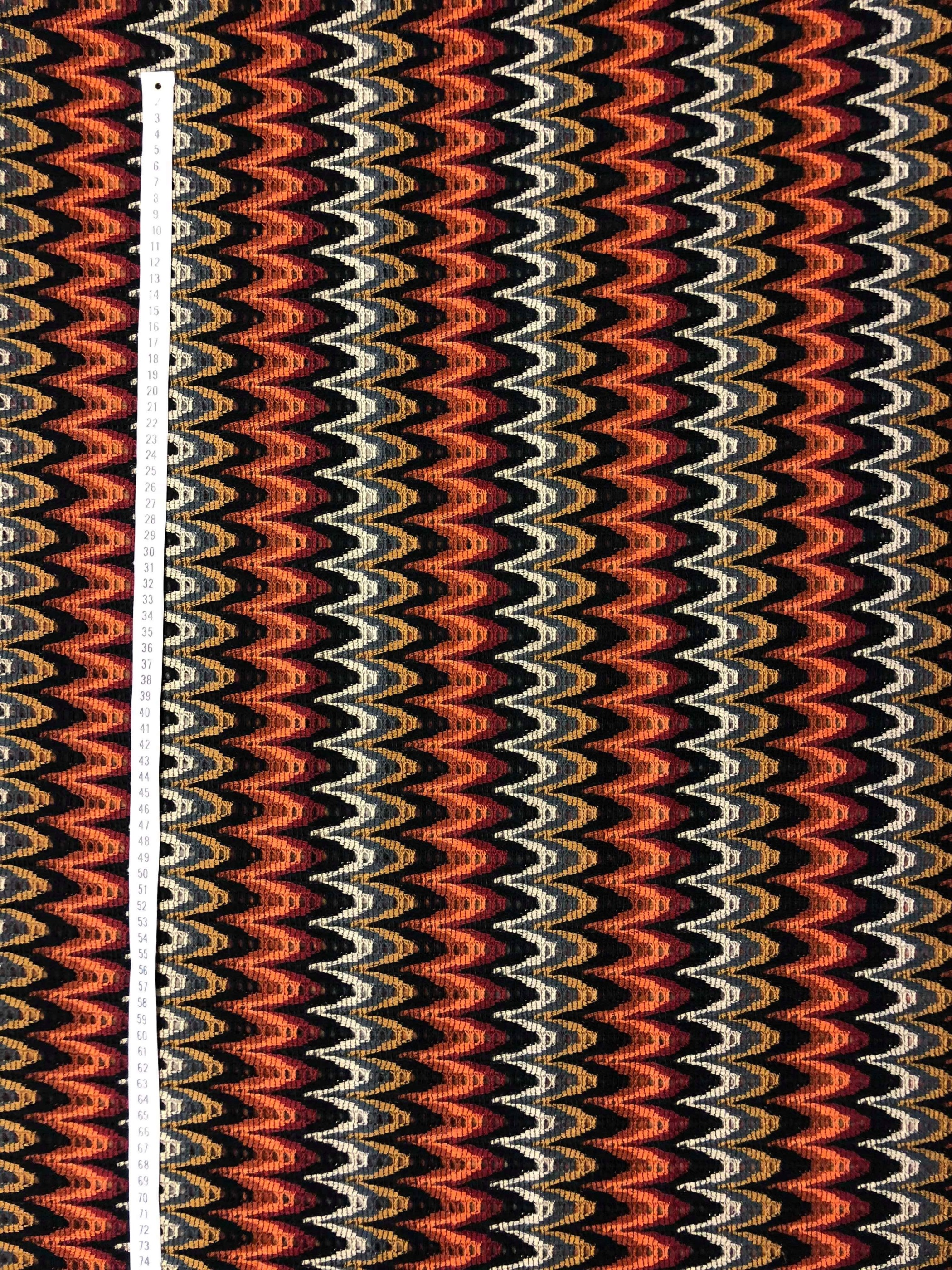 Zick-Zack orange stickat modetyg Tyglust metervara Laholm