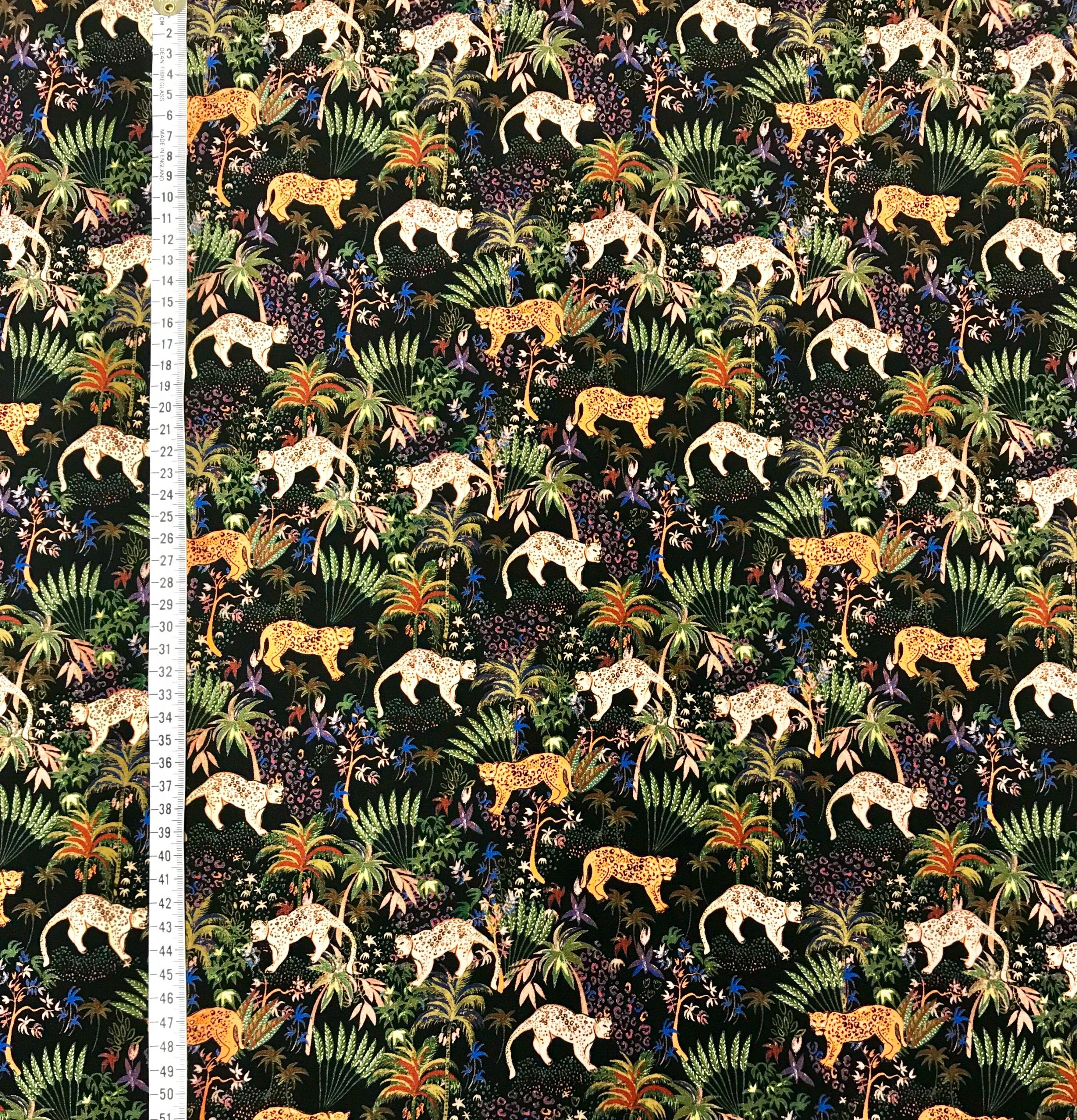 Lilla djungeln leopard viskos tyg metervara mode Tyglust
