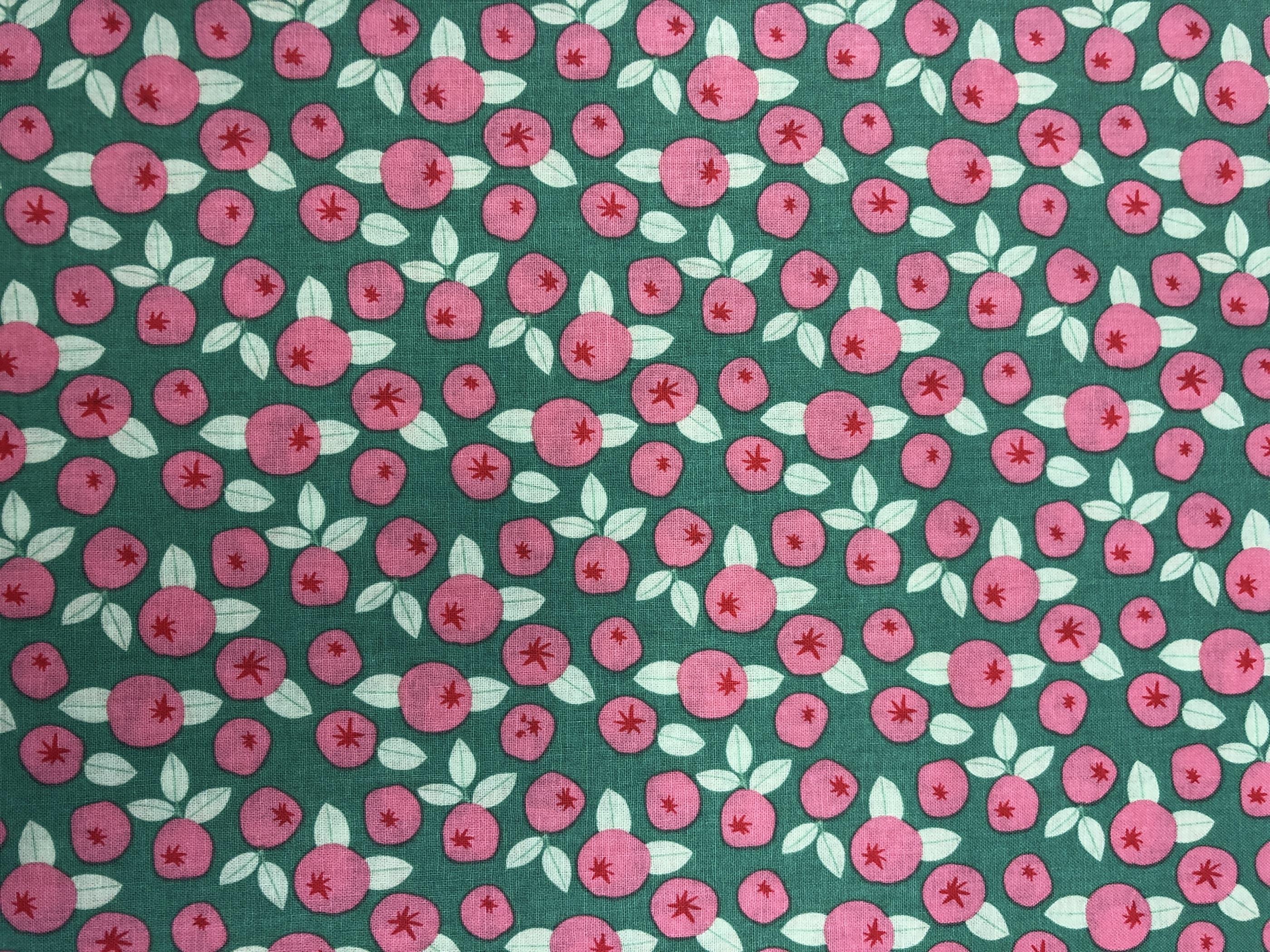 Bär bomull bomullstyg grön rosa lingon blåbär metervara Tyglust Laholm
