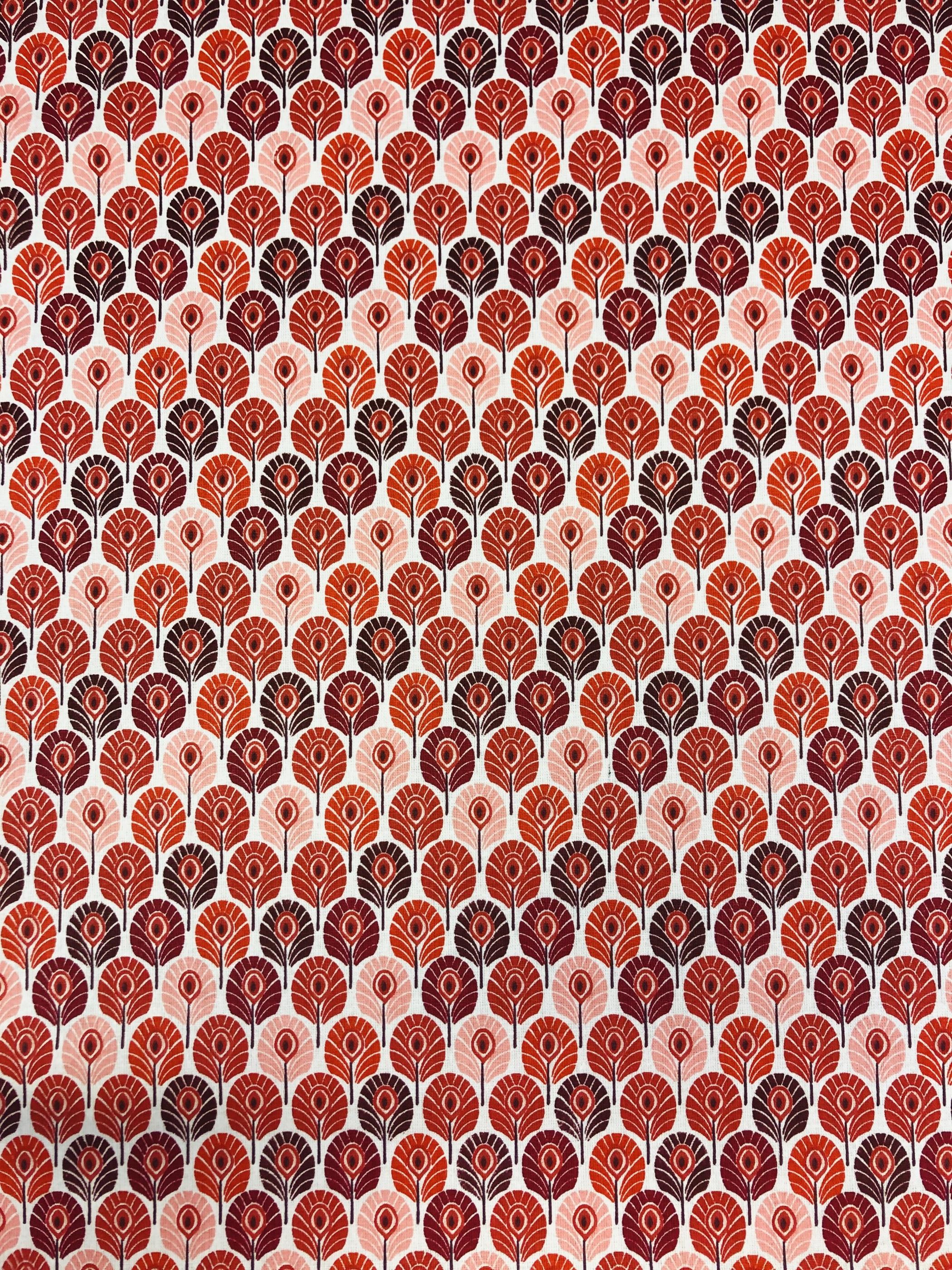 Rosa röd mönstrat bomullstyg metervara hemtextil modetyg Tyglust Laholm svea