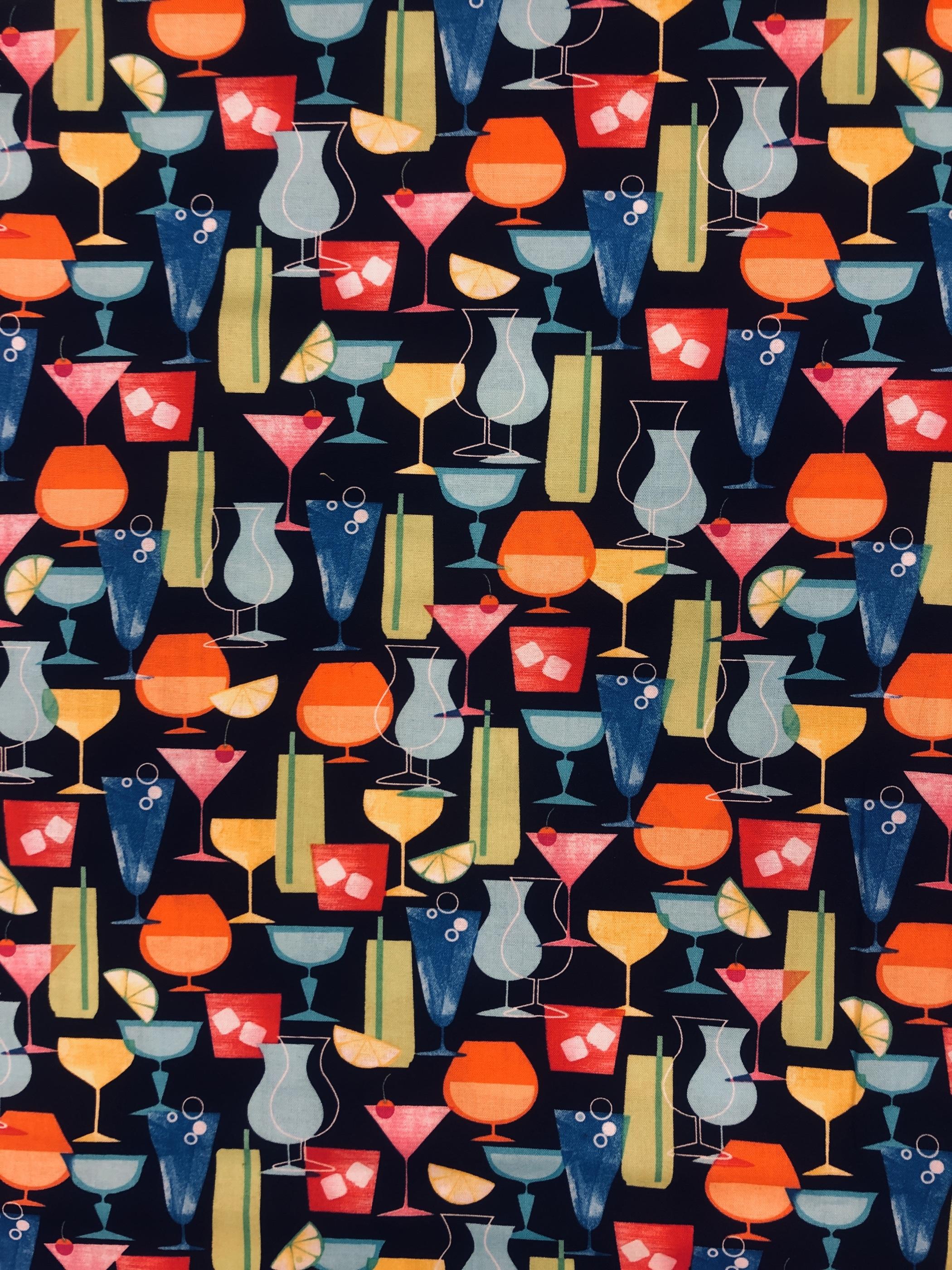 Cocktail hour bomull bomullsväv metervara svart drinkar modetyg Tyglust laholm
