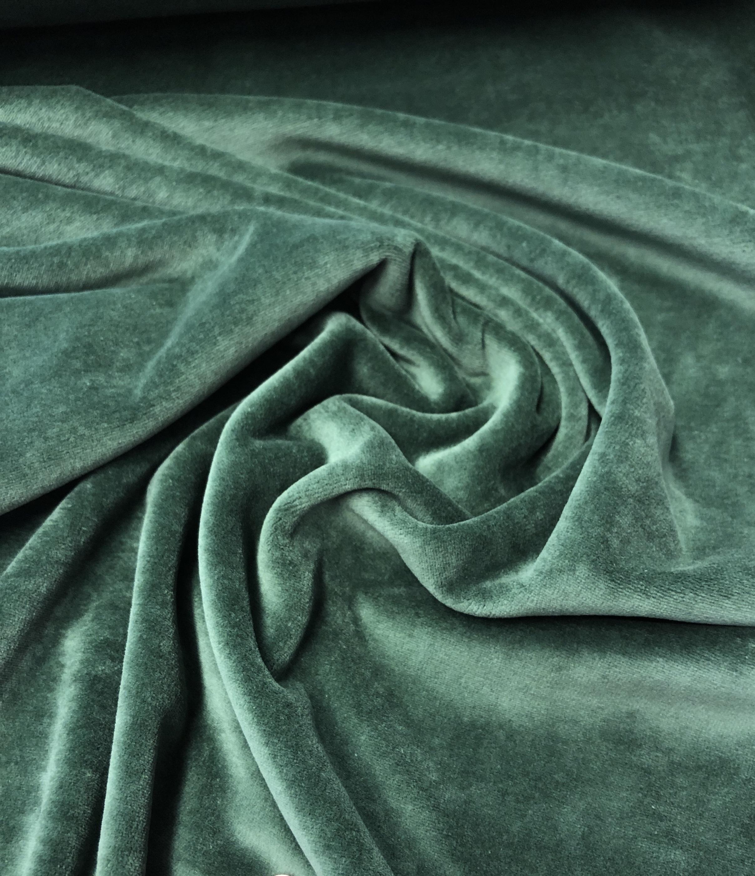 velour stretch stretchvelour grön modetyg metervara laholm tyglust