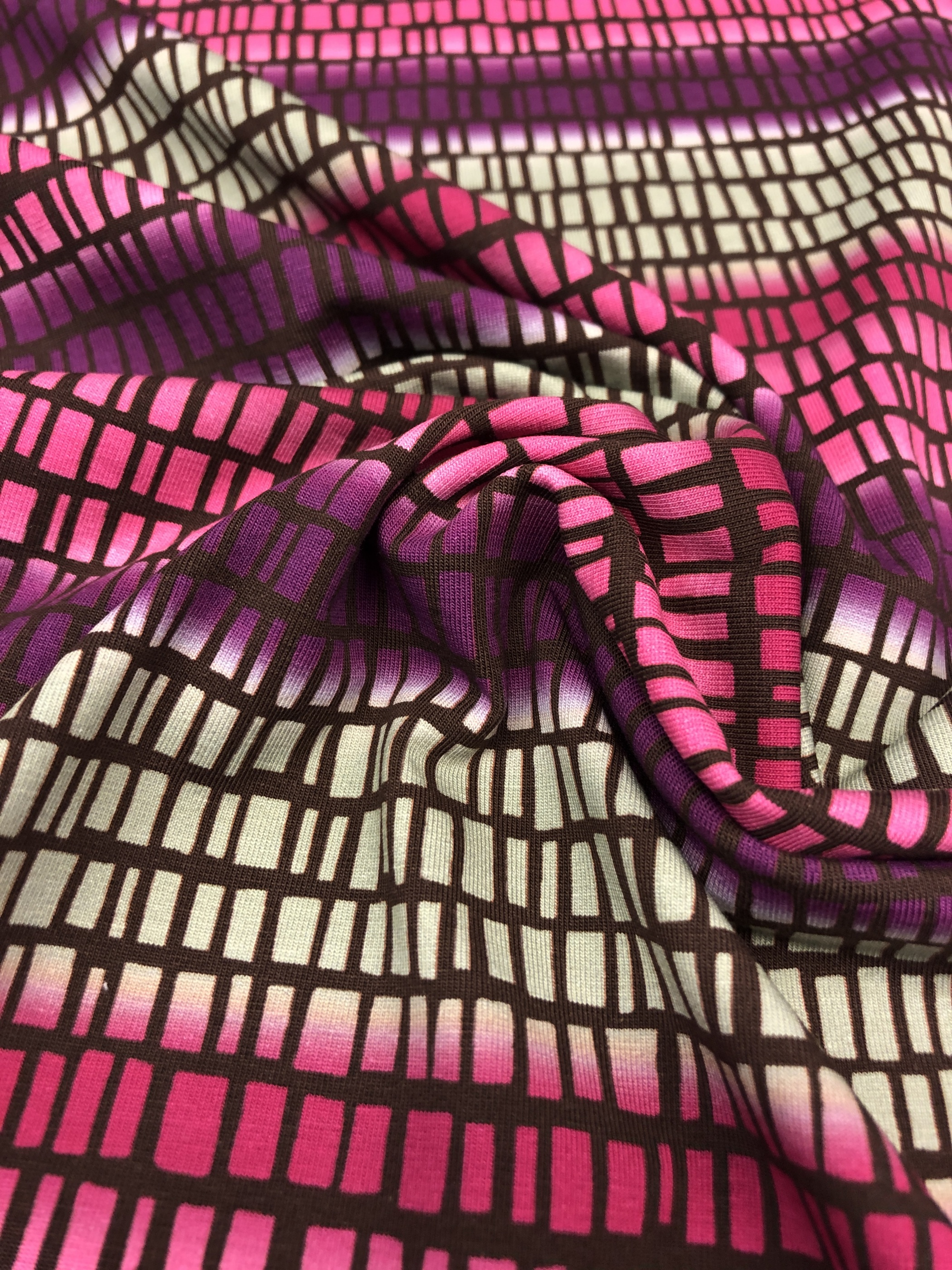 Squares stripes rutor ränder rosa lila grå trikå modetyg tyglust laholm