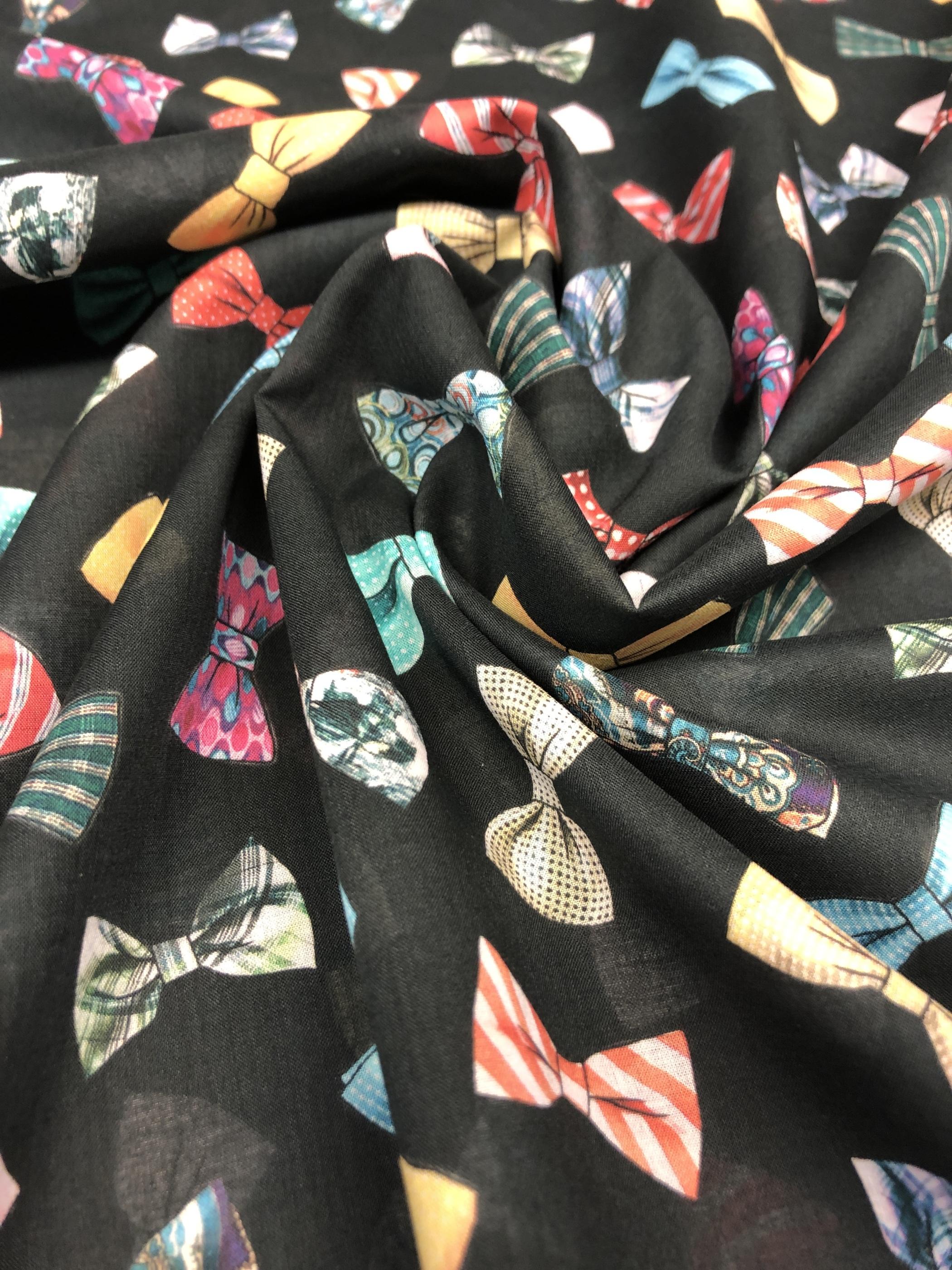 festfluga fluga bomullsvoile voile metervara svart mönster färg tyglust laholm