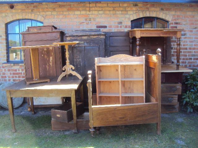 Bildresultat för loppis möbler
