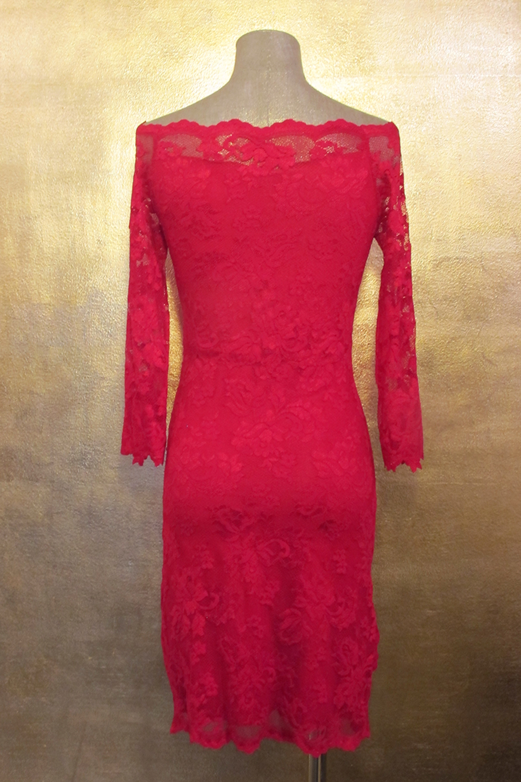 Olvis' Lace Décolletage Dress | Red​