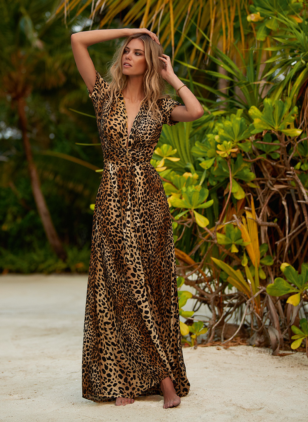 lou-cheetah-vneck-belted-maxi-dress-lifestyle-2-2019