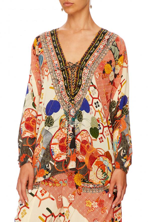 camilla_lace_up_shirt_kissing_the_sun_4