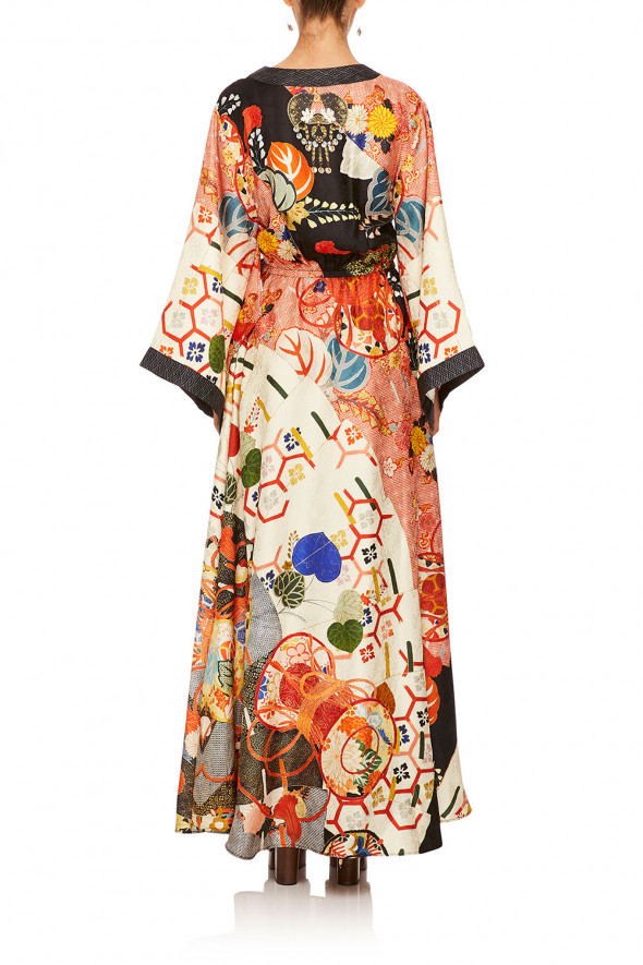 camilla_kimono_wrap_dress_kissing_the_sun_3