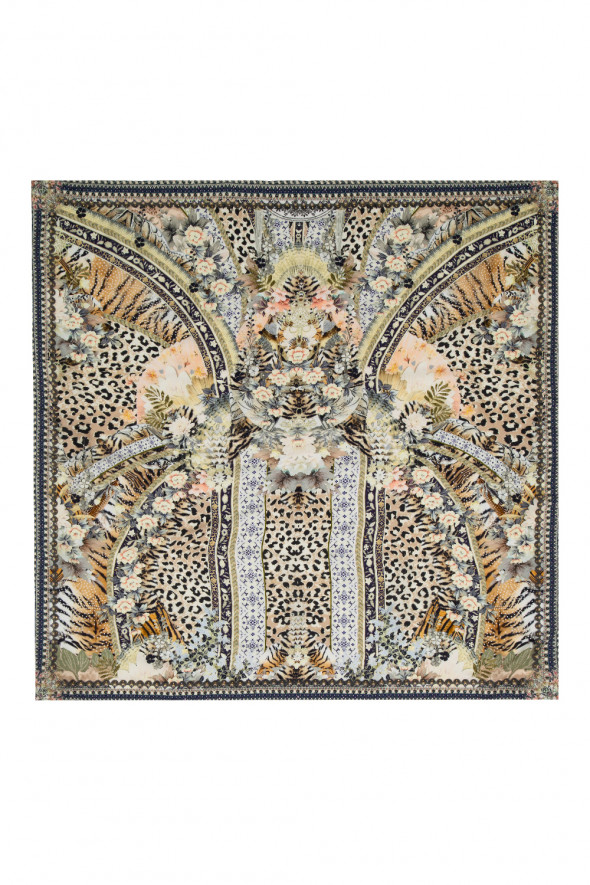 camilla_large_square_scarf_moto_maiko_2