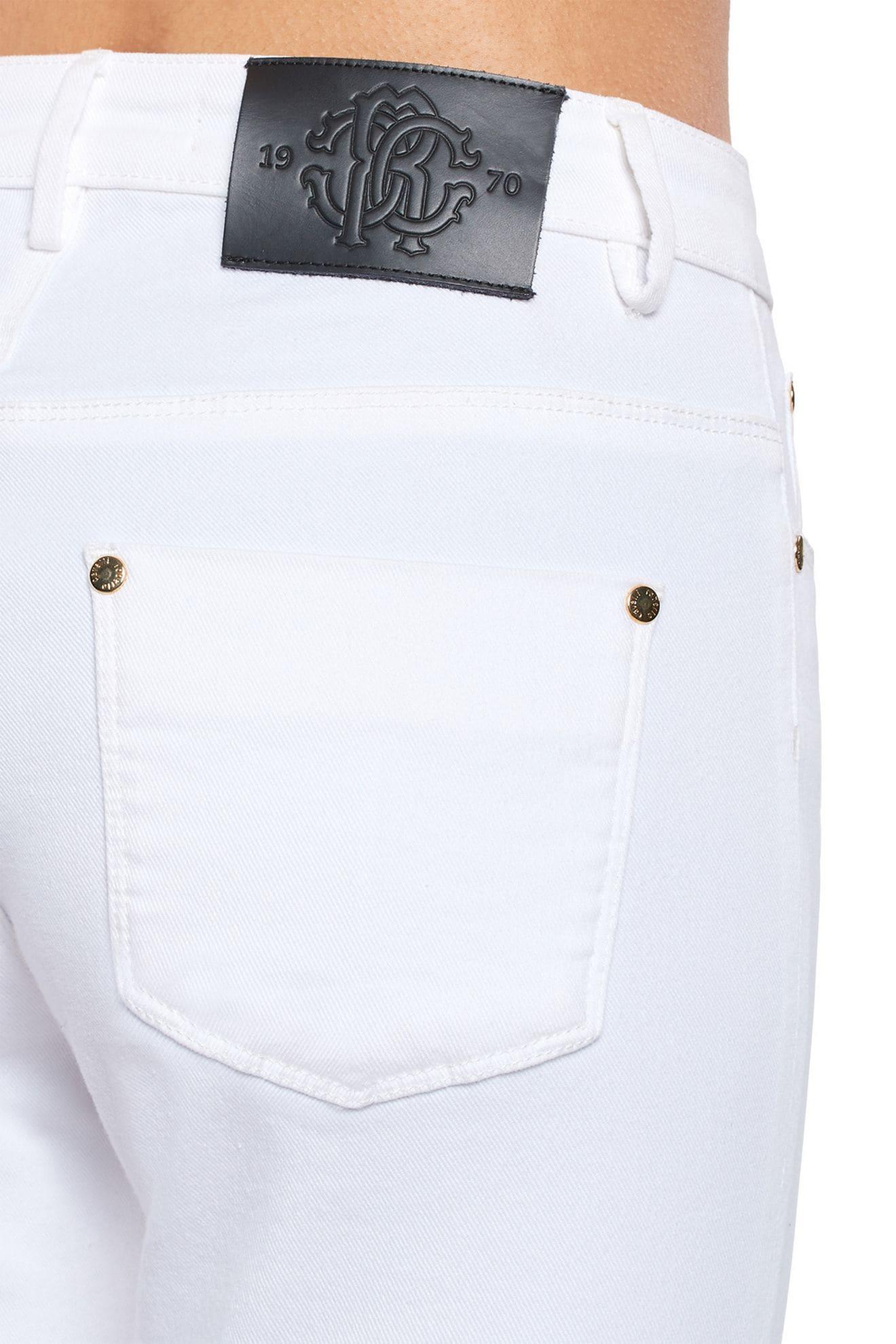 roberto-cavalli-white-flared-jeans_13150666_15611953_1320