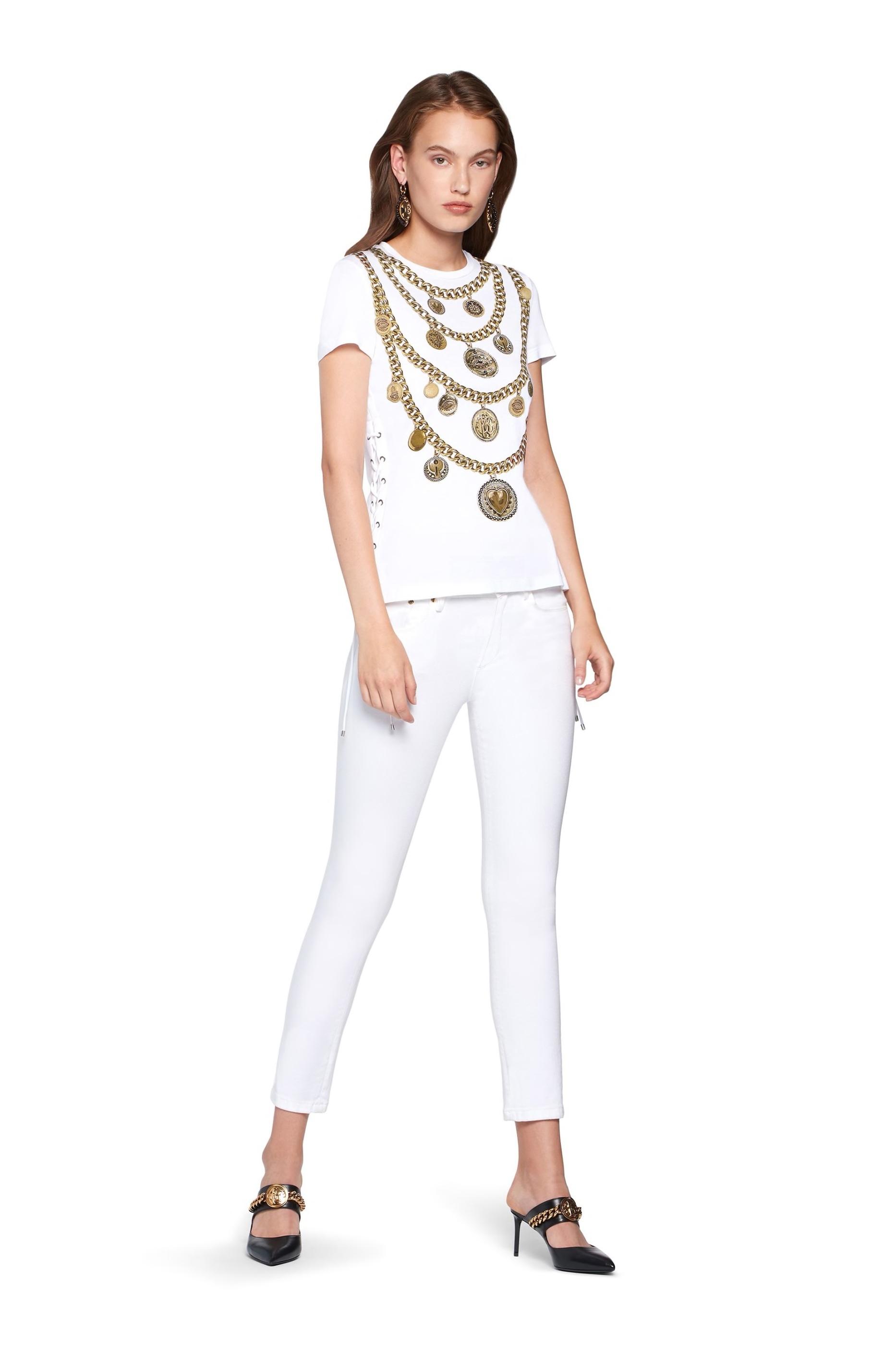 roberto-cavalli-medallion-print-t-shirt_13150805_15612856_2048.jpg
