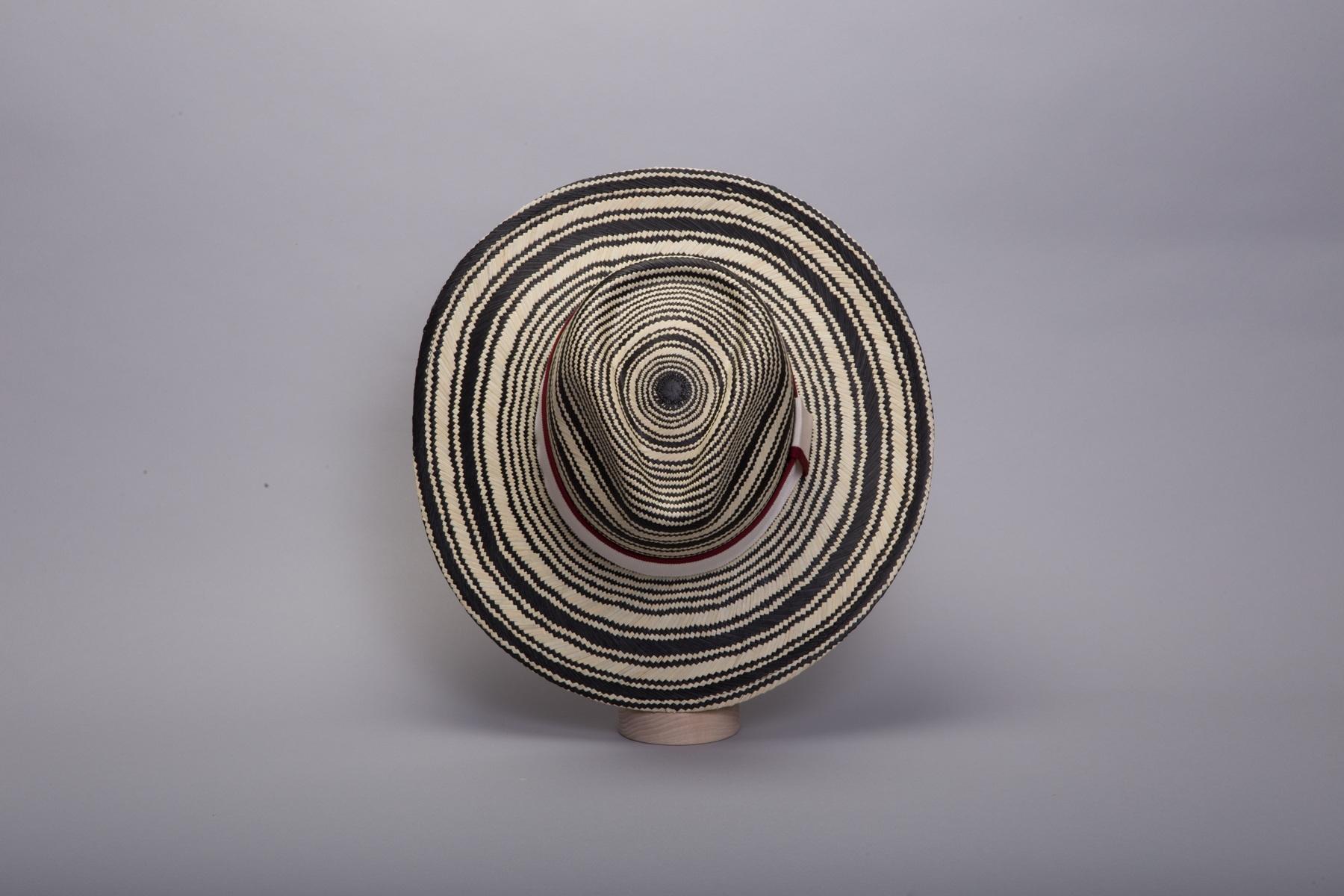 chapeau-panama-saintremy-gif1-1800x1200