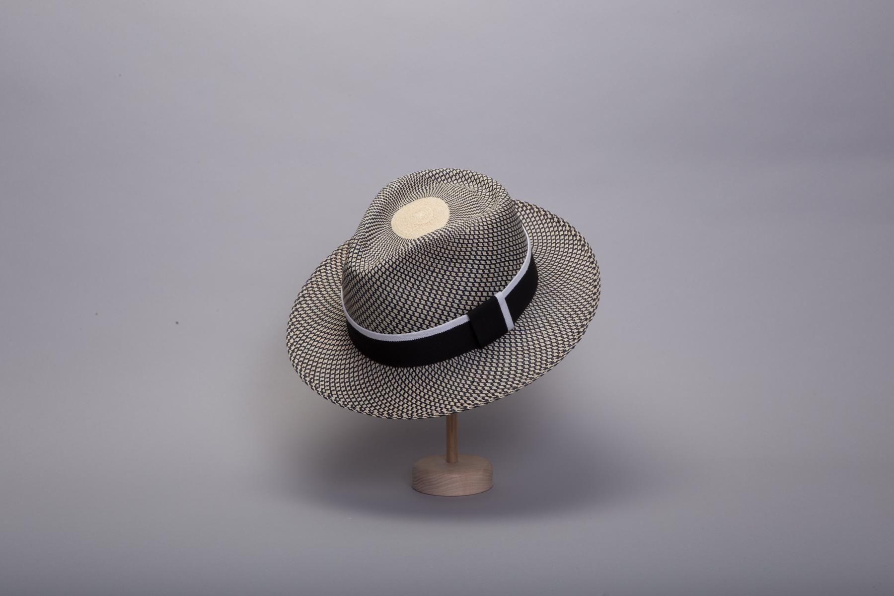 chapeau-panama-capferret-gif2-450x300