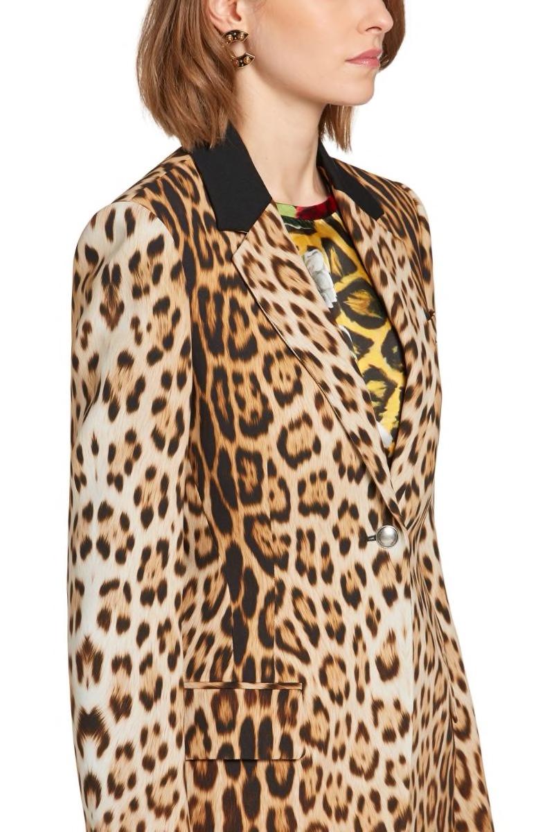 roberto-cavalli-heritage-jaguar-print-blazer_13753693_18866606_800.jpg