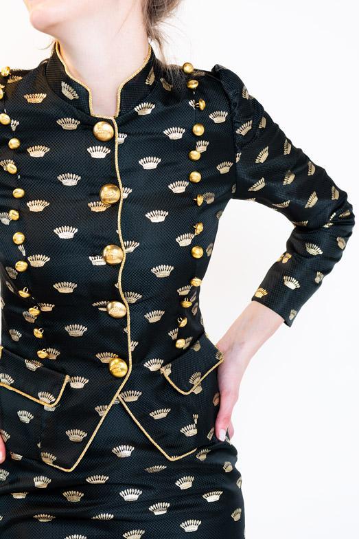 crown-chaqueta-bordada-coronas-la-condesa-web-006_1024x1024