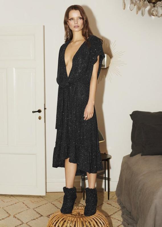 Brielle_Dress-Dress-CROPRC2296-001_Black-1_de26a5d0-6e88-44e7-8eb0-ad2ff2edd009