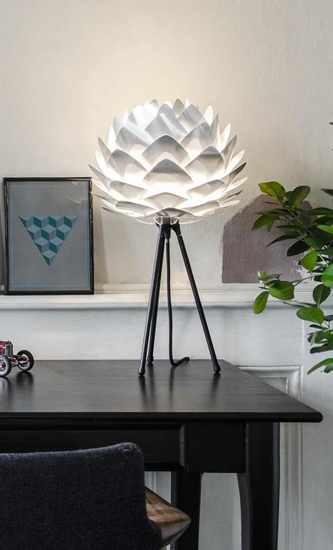 silvia-stal-silver-lampa-bordslampa-stativ-ben-bordsben-bordsstativ-lampfot