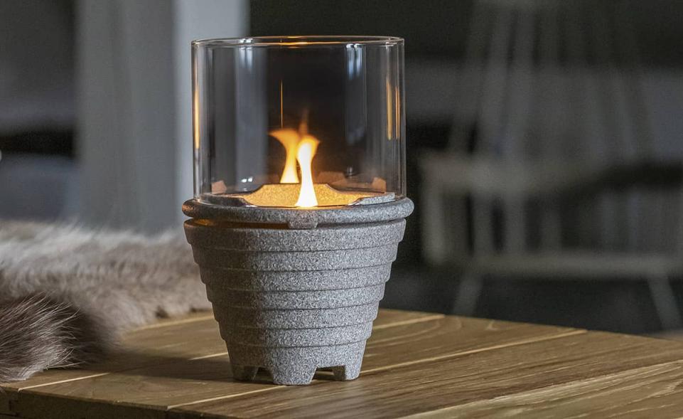 Indoor_waxburner_Graniciumglas, brunnsboden1