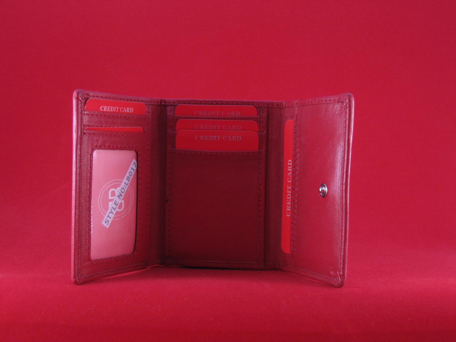 LB 017 röd