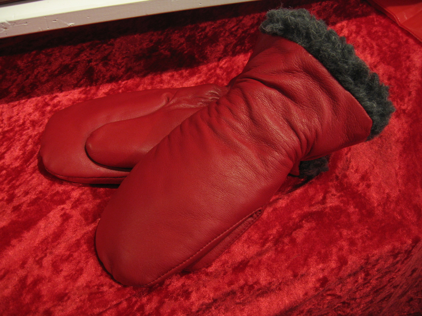 Barnhandske 8 år röd