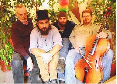Ödesorkestern Part 2 (2004). Foto från Esse Yhlén. (c)