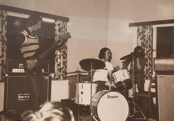 Möjligen är även denna bild från föreningens anti-festival 1975. Foto: Claes Hellsten.