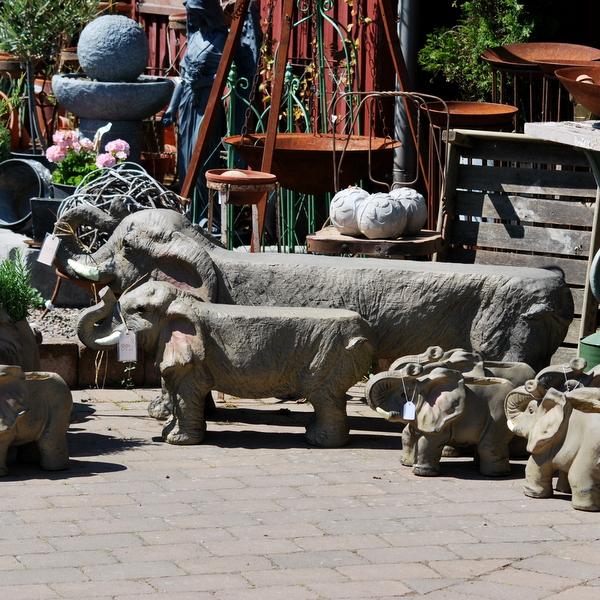 Trädgårdsbänk elefant