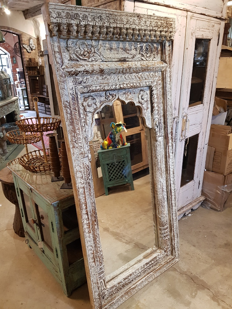 Spegel 144 cm hela