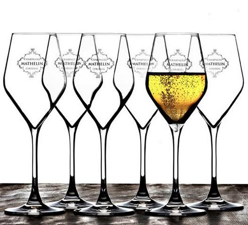 Niklas Palmklint shot Champagne Mathelin glaces. A masterpiece!