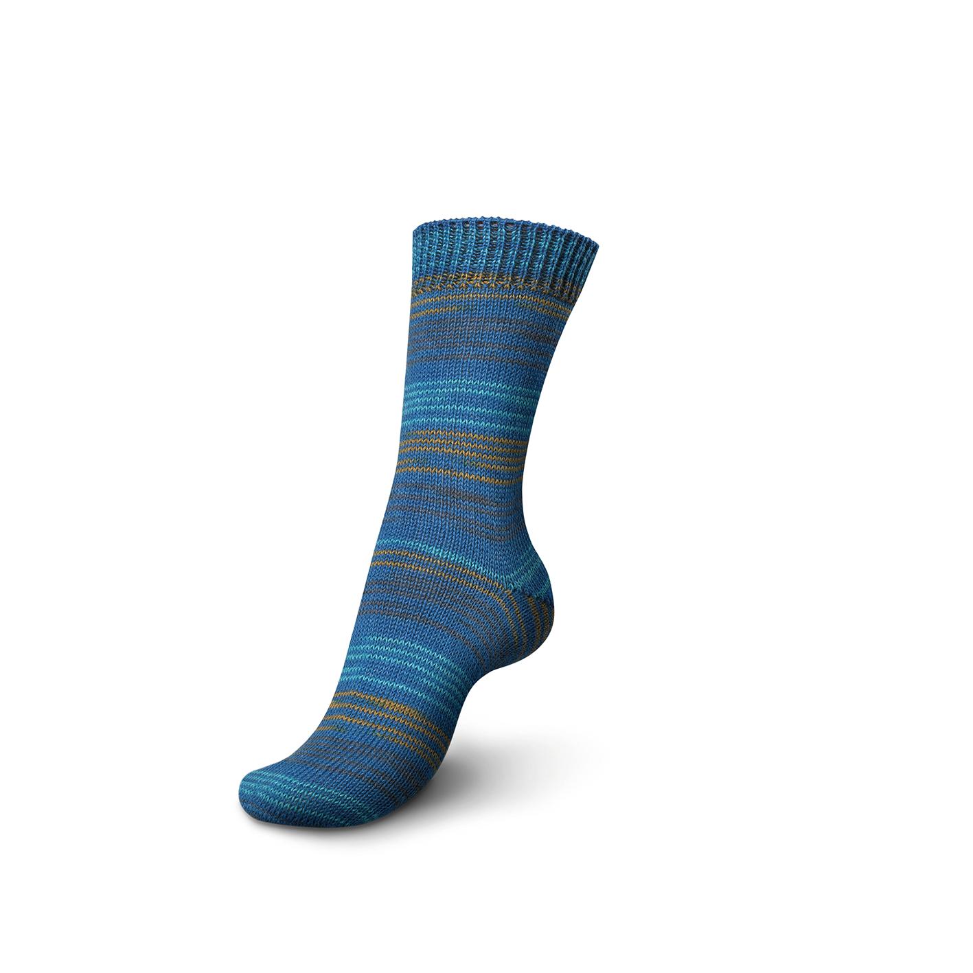 Fine stripe color 03707 Blue Stripes