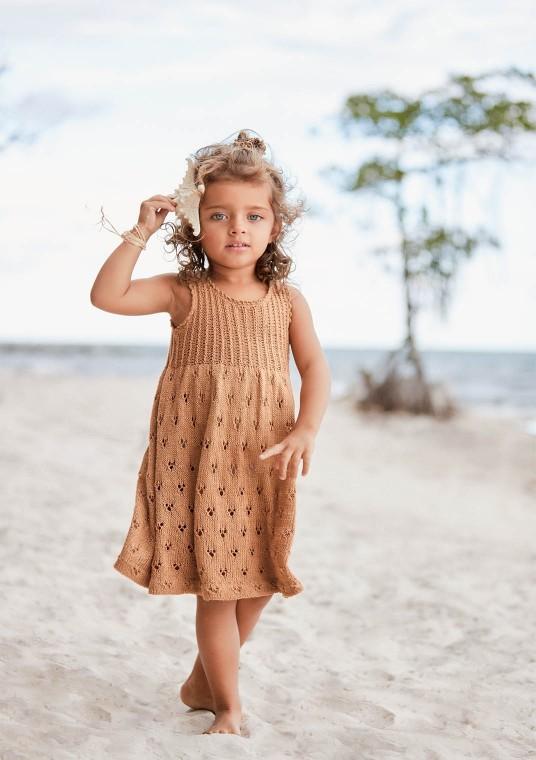 Sandnes 2006, 10 söt klänning