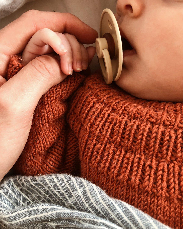 Petiteknit ankers blus (1-3mån- 8-9år)