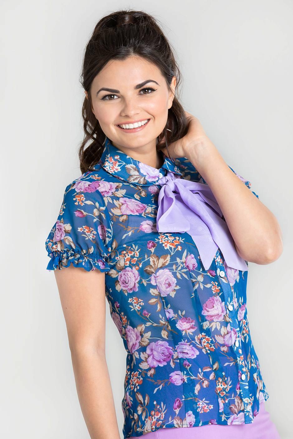 violetta blus