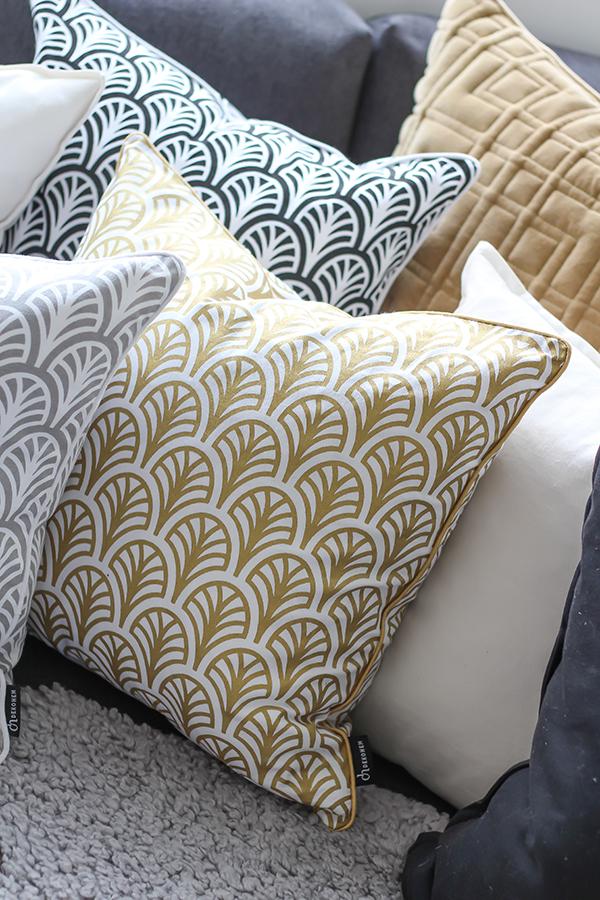 cushions_sofa2