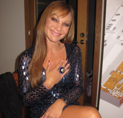 Bild lånad: http://charlotteperrelli.chic.se/grattis-kenneth-bentgsson-50-ar/