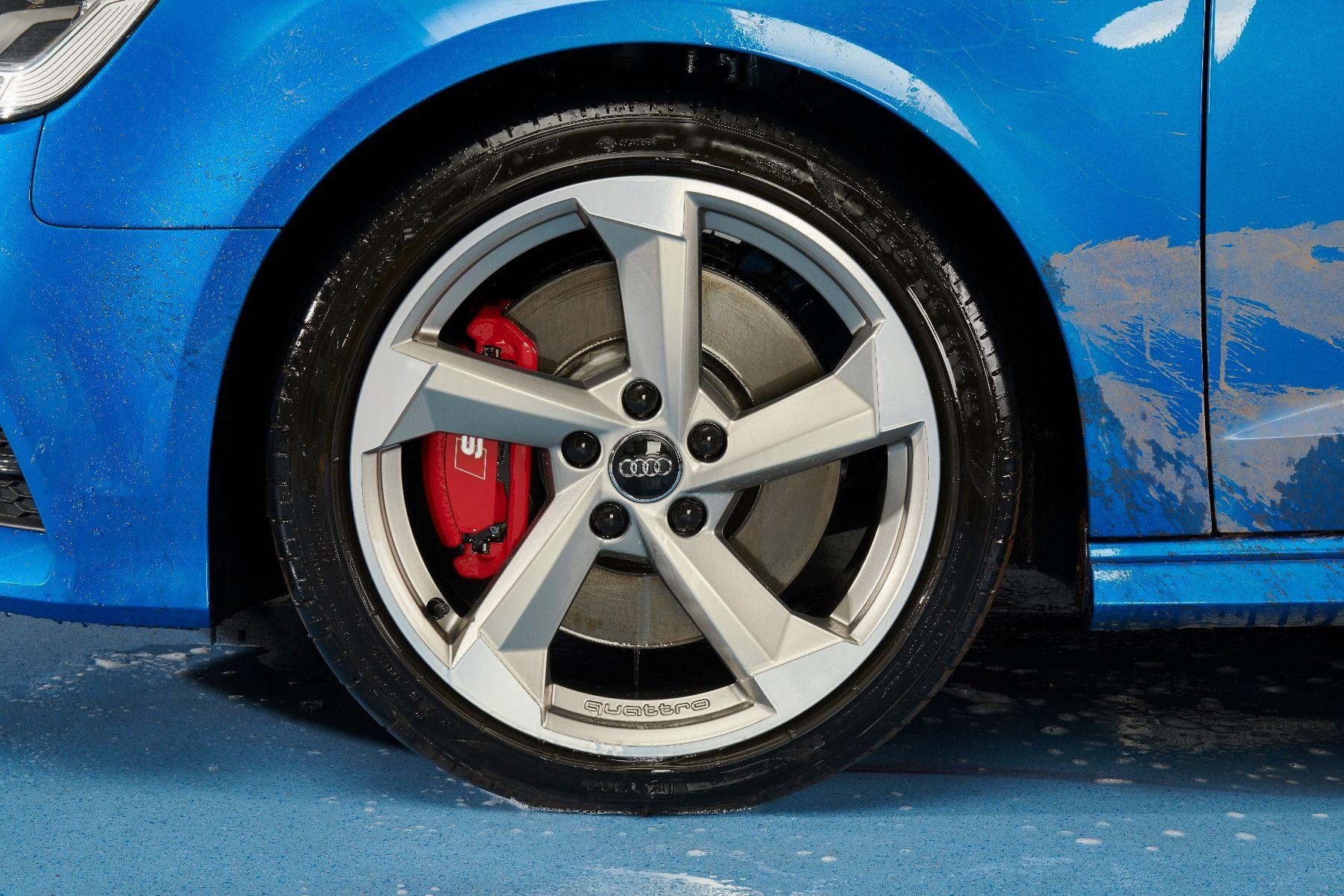 6846_108-clean_wet_wheel
